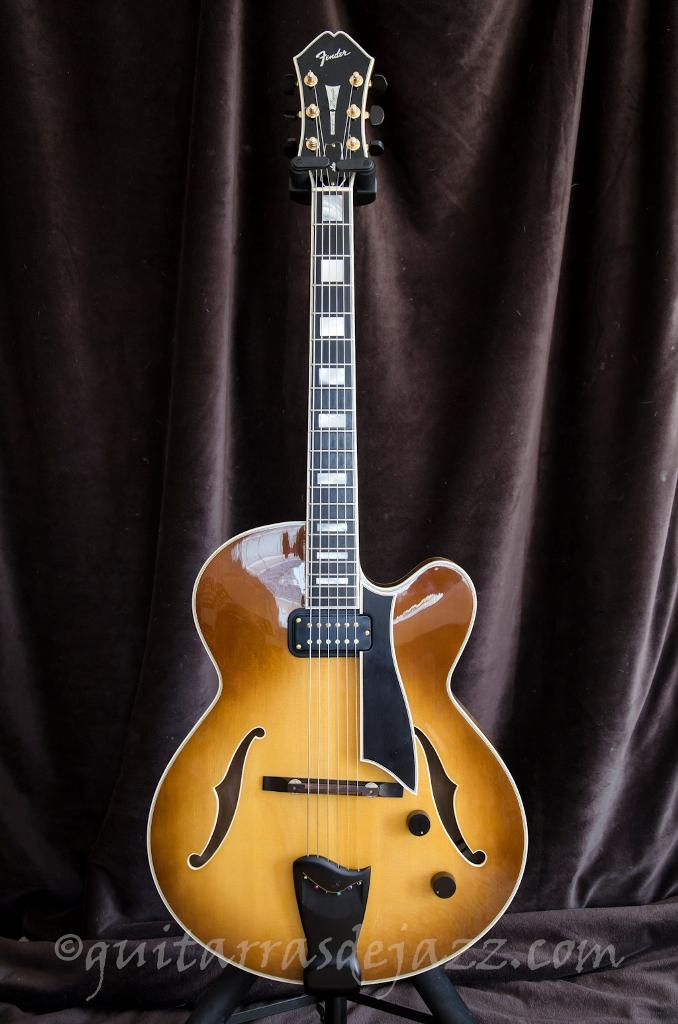 1.- Fender D'Aquisto